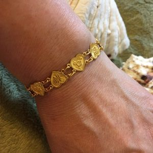 Jewelry - 24kt Yellow Gold Hearts Bracelet